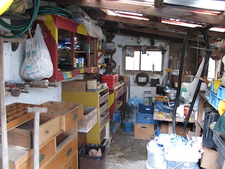 The shed I loved when I was little (3)