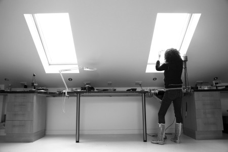 ape in workshop bw edit01