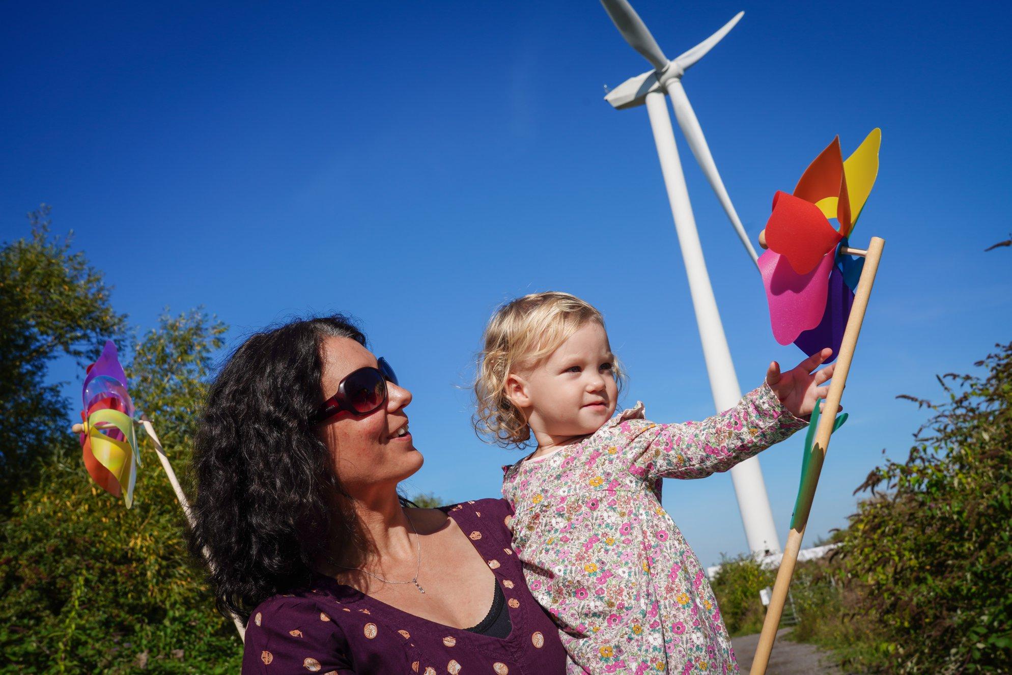 25 years of renewable energy generation in Britain